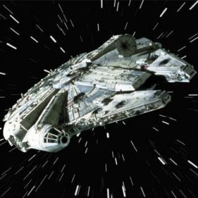 Star Trek USS Defiant vs The MILLENIUM Falcon